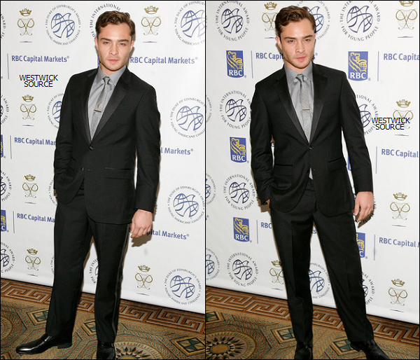 "APPARITION Ed était présent au gala ""The Duke Of Edinburgh's International Award And Young Americans' Challenge Gala""  à New York, le 23 juin."