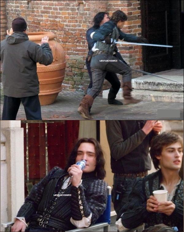 ON SET Ed sur le set de Roméo et Juliette, surement à Mantova en Italie, le 2 Mars dernier.