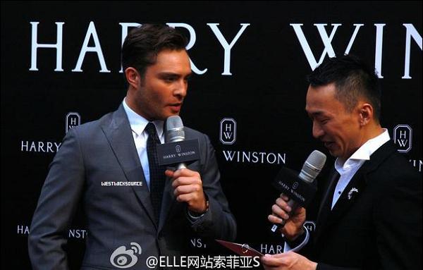 APPARITION Ed était à l'ouverture de la première boutique d'Harry Winston avec Leighton Meester, le 27 Avril dernier, à Shanghai, en Chine.