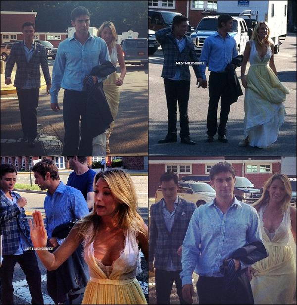 ON SET Voici des photos d'Ed avec Chace et Blake, sur le tournage de la saison 6 de GG, le 9 juillet.