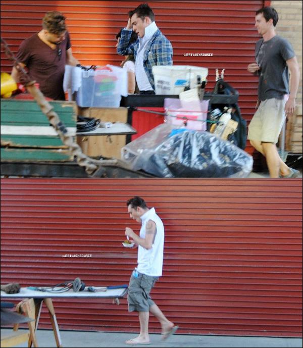 ON SET Ed se rendant sur le set de la saison 6 de Gossip Girl, le 16 juillet dernier.