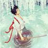 » C'est à l'endroit où l'eau est la plus profonde qu'elle est le plus calme. ♨