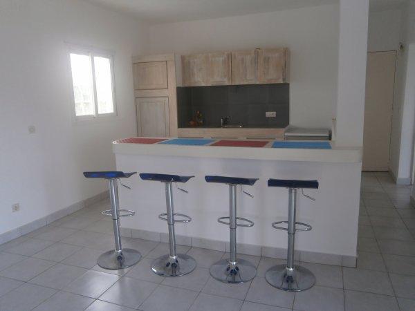 Villa 2 chambres en vente à Nianing 2 chambres  –  110 m2 habitable - Terrain : 1750 m2
