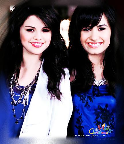 Selena et demi <3