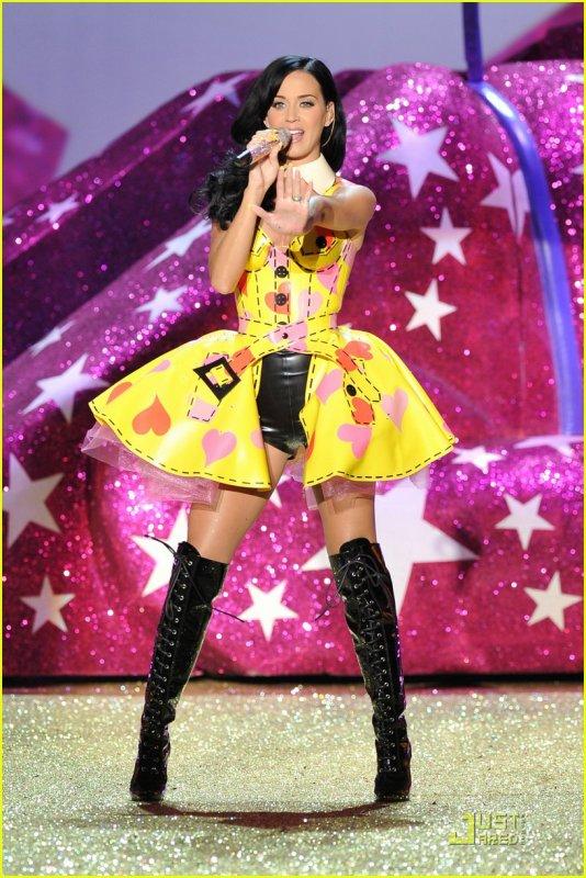 Victoria's Secret Fashion Show 2010/2011