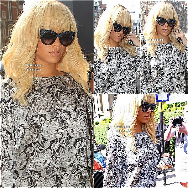 . 29/03/12 : Rihanna aperçut arrivant à son hôtel de Londres avec une tenue signée Stella McCartney..