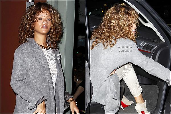 . 13/09/11 : Rihanna est allée mangée au Giorgio Baldi, son restaurant préférée, à Santa Monica..