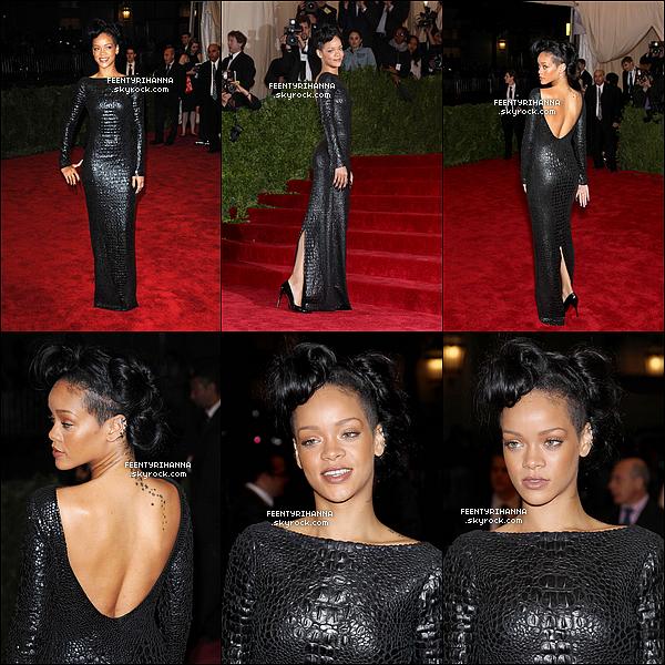. 07/05/12 : Notre belle Rihanna Fenty était au MET Gala de New York dans une robe superbe. Ton avis? .