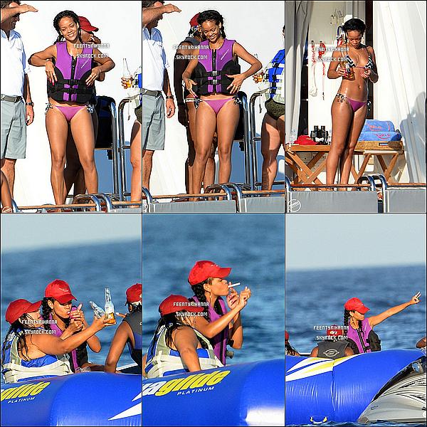 . 21/07/12 : Rihanna Fenty a fait du jet-ski avec des amis puis s'est détendu sur son yacht, France. + Le soir, Robyn Rihanna Fenty était dans les rues de Saint-Tropez pour se rendre au VIP Room avec des amis. Top ou flop ? .