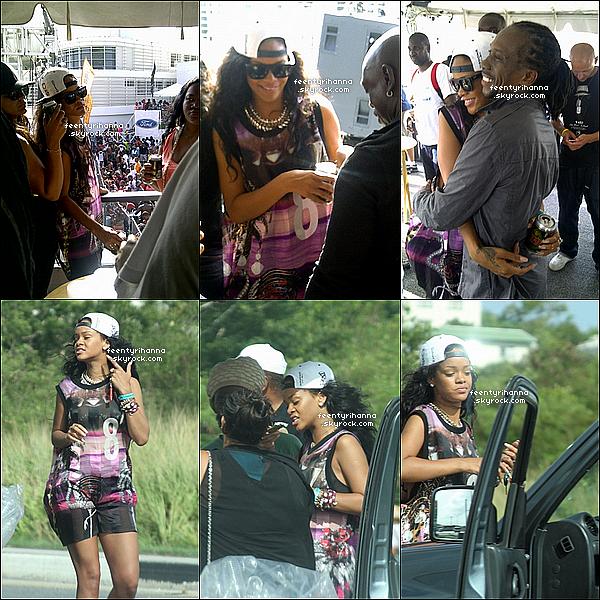 . 01/08/12 : Rihanna Fenty est allée faire la fête sur son île natale avec ses amis, à la Barbade.  + Son deuxième parfum Rebelle s'est déjà vendu à plus de 2 millions d'exemplaires au Royaume-Uni. Un nouveau record pour la belle ! .