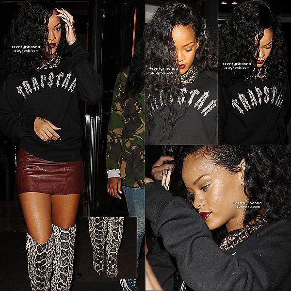 . 30/08/12 : Rihanna Fenty est allée manger hier au restaurant Nozomi, toujours à Londres.  + Dans la soirée, notre belle Robyn Rihanna Fenty est allée s'amuser au club Rose avec des amis et en a profité pour prendre la pose. .