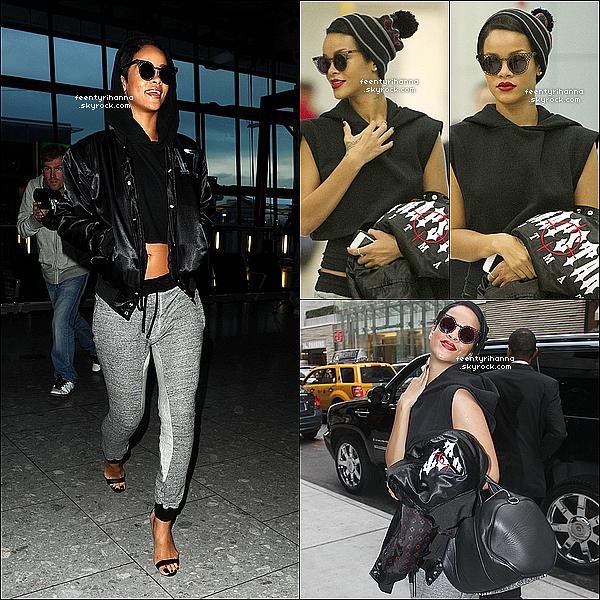 . 27/09/12 : Rihanna quitte son hôtel et se rend à l'aéroport de Londres pour aller à New York.  + Rihanna est arrivée à l'aéroport JFK de New York puis à son hôtel se préparer pour aller à l'ouverture du Club 40/40 de Jay-Z. .