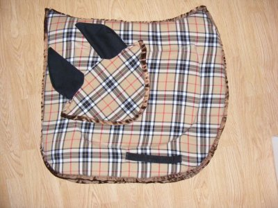 Ensemble Tapis De Selle Bonnet Burbery Creation Equine76210