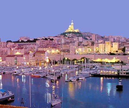 Mlle Corneliaa ›› Marseille , c'est juste un reve qui se realisera un jours . . .