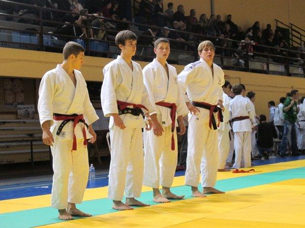 2011 11 26 Régions équipes Juniors  Vitry le François.