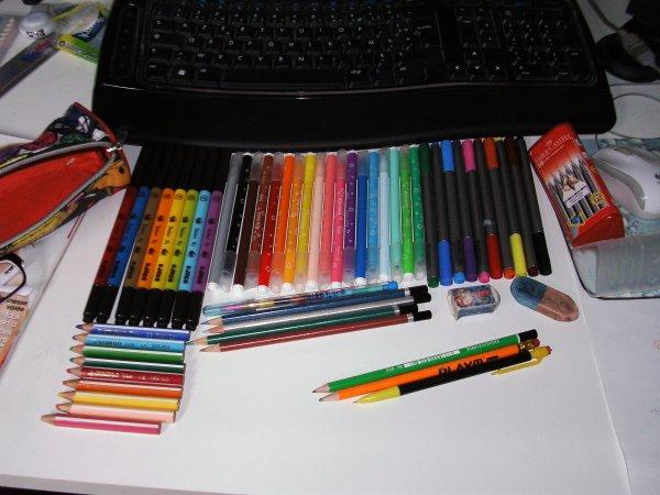 Création 59 - Ma collection de matériel à dessin...