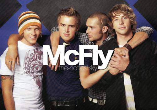 McFLY ((( LE GROUPE NUMERO 1 EN ANGLETERRE )))