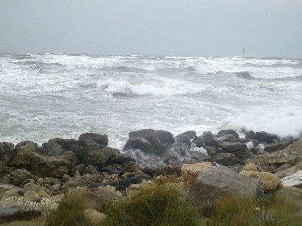 *La Méditerranée est bien agitée