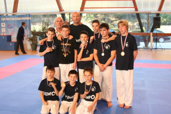 COUPE DE LA LIGUE KARATE PLEIN ET LIGHT CONTACT SAINTE MAXIME DECEMBRE 2012