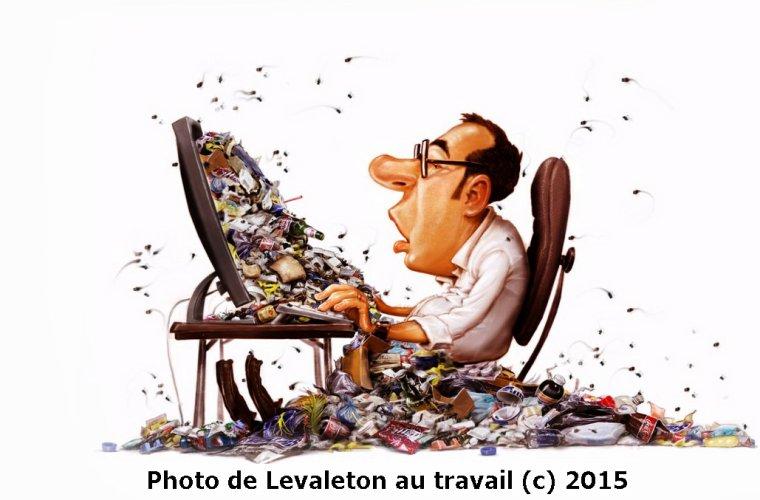 LEVALETON EN PLEIN TRAVAIL