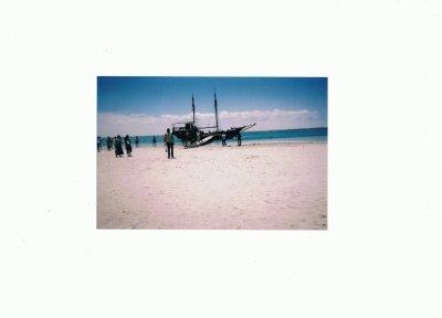 le bateau dans le quel j'ai partirais avec mes amis à passer un jour  inoubliyable
