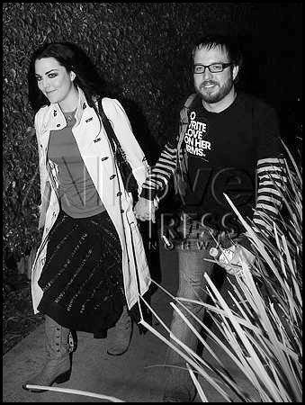 DOSSIERS > Le couple Hartzler.