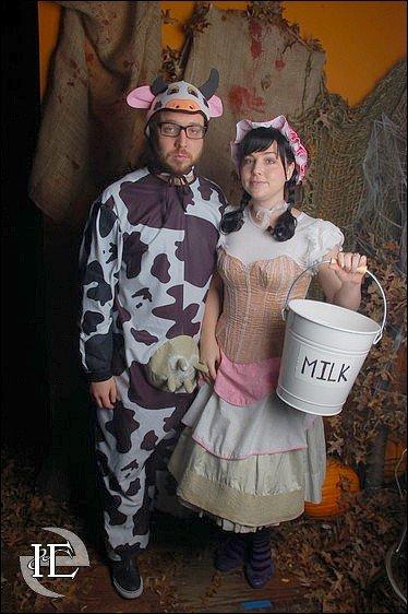 Nouvelles photos d'Amy et Josh pour Halloween. Retrouvez d'autres photos sur le groupe !