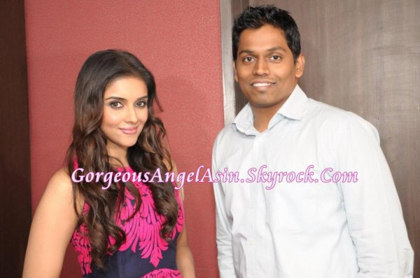 Asin at Fair & Lovely Press Conference