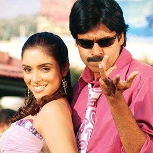 Asin to romance Pawan Kalyan in Gabbar Singh 2