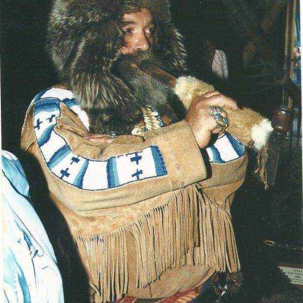 Perdrix des neiges   et Gaspard le trappeur   vous présente La Légende de l'Ouest