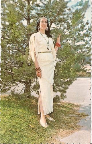 En1950 Tikana kouen femme du Chef Hurons Max Gros Louis