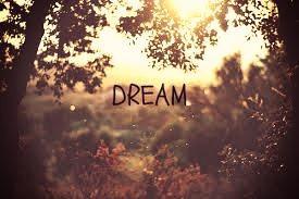 Aimer se conjugue à tous les temps mais n'est beau qu'au présent car au passé il fait si souvent pleurer quand au futur il fait temps de fois rêver