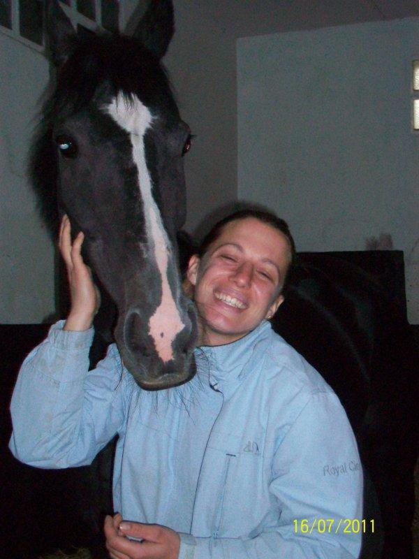 VENEZ RETROUVER MARLENE ET DEVOIR DE MEMOIRE  :  Sa cavalière d'entraînement : BRAVO MARLENE !!! : Tu as toute mon affection :-) Jenny
