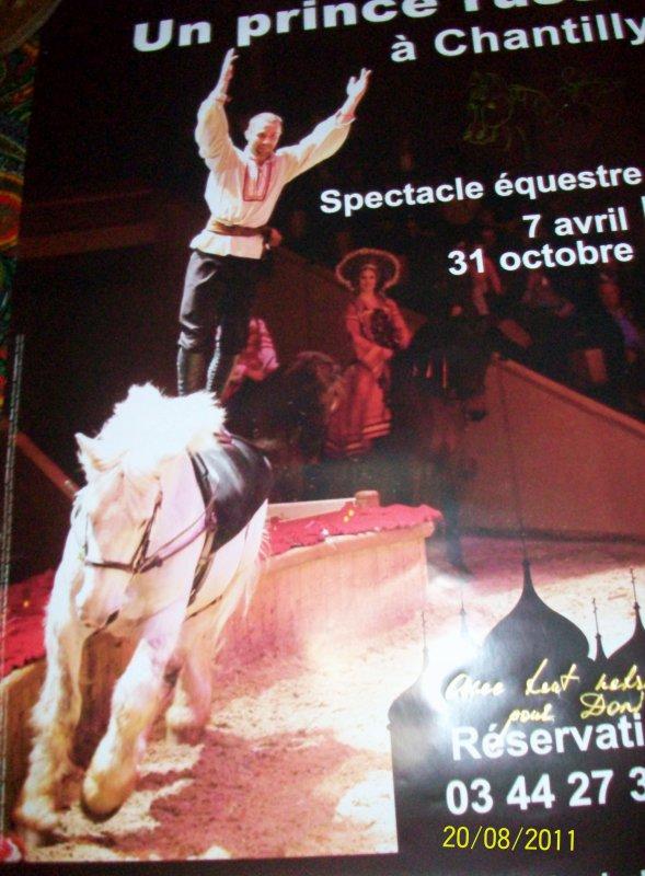 UN SPECTACLE EXTRAORDINAIRE !!!  A VOUS COUPEZ LE SOUFFLE AU MUSEE DU CHEVAL A CHANTILLY  DEMAIN 11H ET 14H 30  !!!