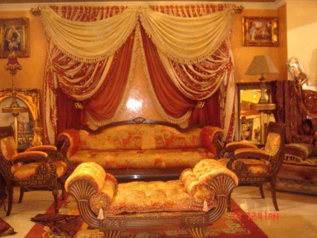 Blog de decohakim salons marocains2016 salon marocain moderne tapissier rideaux stors chambre for Salon traditionnel marocain vert