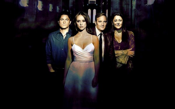 Ghost Whisperer + L'internat