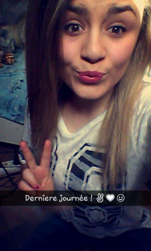 Hey ! :D <3 <3