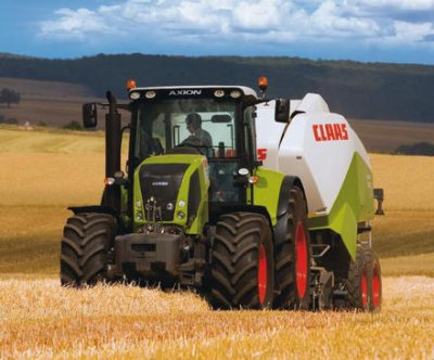 Claas axion + Quadrant 3400