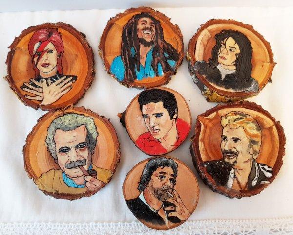 Portraits sur rondelles de bois