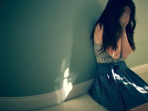 """"""" Tu trouveras, dans la joie ou dans la peine, Ma triste main pour soutenir la tienne, & Mon triste coeur pour ecouter le tien. """""""
