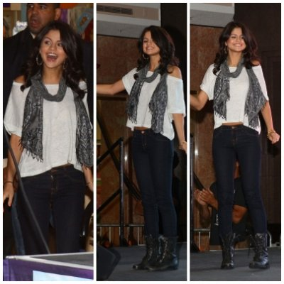 Selena Monte Carlo Mall Tour
