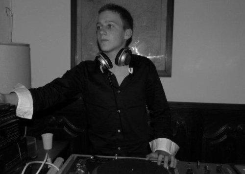 DJ TONINYO ;)