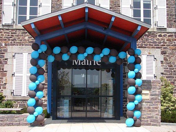 Décoration ballons bleu turquoise et marron chocolat ...