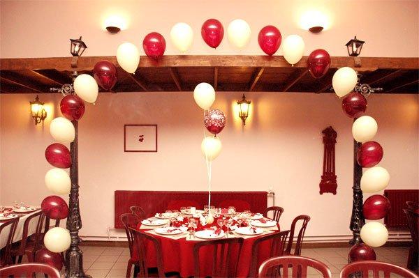 D coration de salle rouge et blanc ivoire agence - Deco rouge et blanc ...