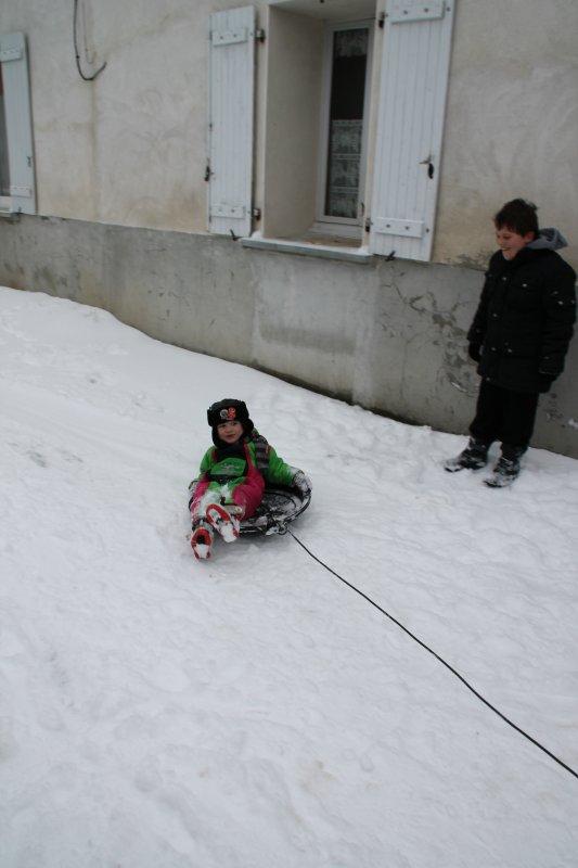 Les loulous dans la neige