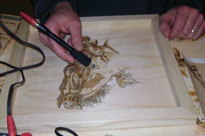 Présentation de l'artiste pyrograveur !!!!