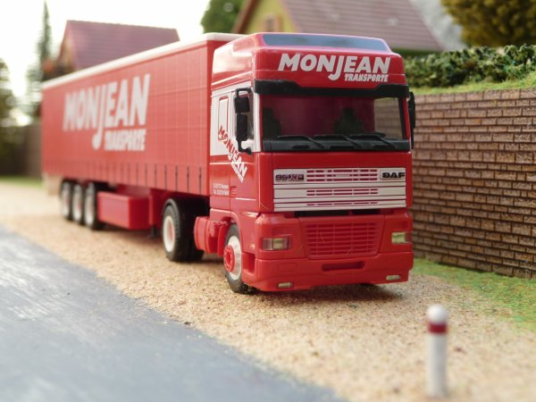 Daf XF Transport MONJEAN