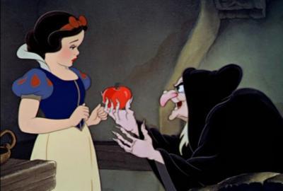 Blanche neige et la pomme empoisonn e les grands - La sorciere blanche neige ...