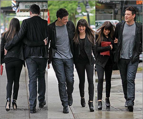 - 30/05/2012. Lea a été vu d'abord à l'aéroport de Vancouver, comme à son habitude un énorme sourire aux lèvres. Puis la revoilà avec son boyfriend, Cory Monteith, partant d'un restaurant.  -