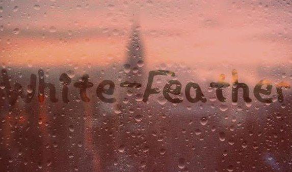 White-Feather : Parce que j'ai pas de meilleur titre pour le moment